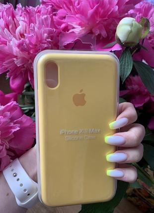 Чехол на айфон xs max желтый