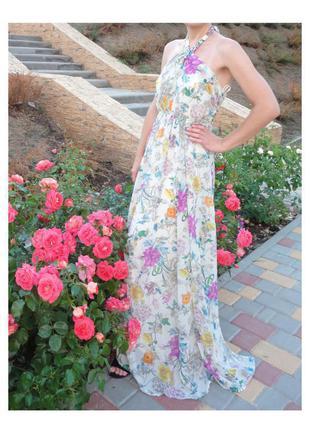 Яркое,длинное платье в пол