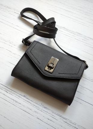 Маленькая повседневная сумочка черного цвета от primark one size