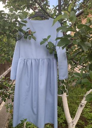 Нежнейшее платье миди. размер с-м