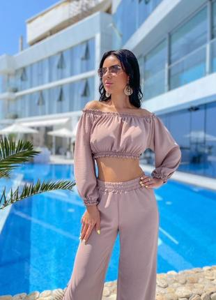 Костюм женский летний с брюками с топом тонкий легкий с открытыми плечами9 фото
