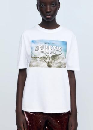 Новая белая футболка с принтом от zara оригинал свежая коллекция размер s и l