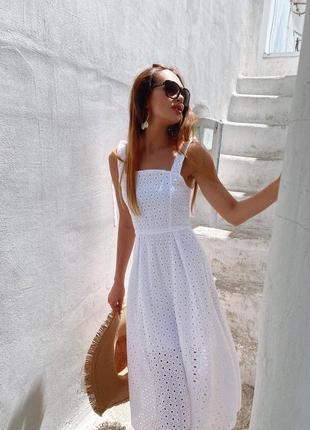 Летнее платье из натуральной прошвы6 фото