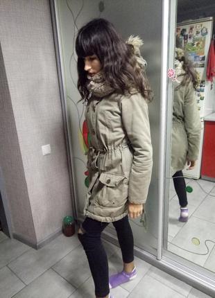 Парка пальто теплая на осень зиму