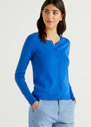 Джемпер на пуговицах, размер м, united colors of benetton, италия