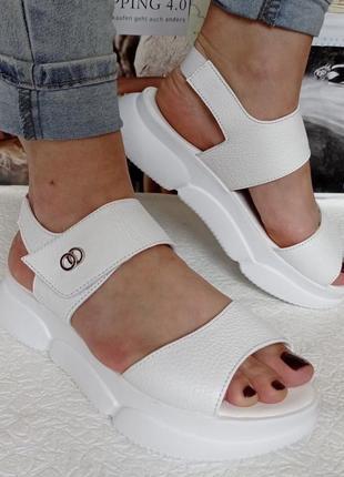 Olympia белые кожаные женские босоножки на платформе сандалии на удобной танкетке