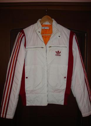 Спортивная куртка adidas