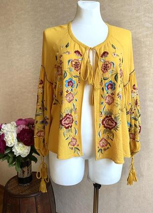 Блуза вышиванюком, bershka