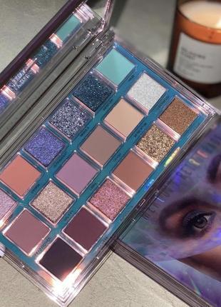 Тени huda beauty mercury retrograde eyeshadow palett