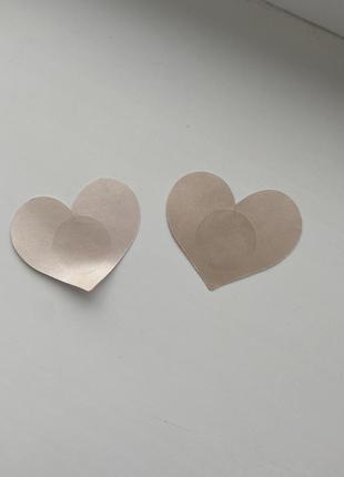 Одноразовые наклейки на грудь в виде сердечек