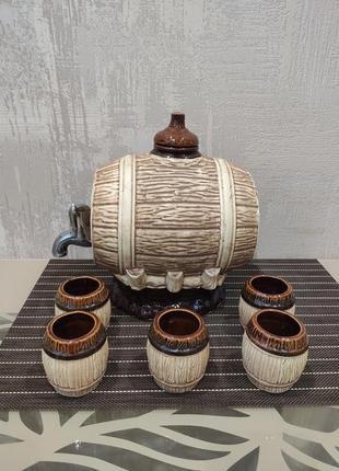 Боченок с краником и стопки чарки керамический