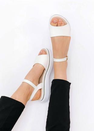 Босоножки боссоножки белые натуральная кожа на высокой подошве летние сандали сандалии8 фото