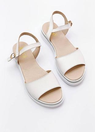 Босоножки боссоножки белые натуральная кожа на высокой подошве летние сандали сандалии2 фото