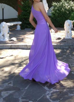 Длиное платье на одно плечо asos