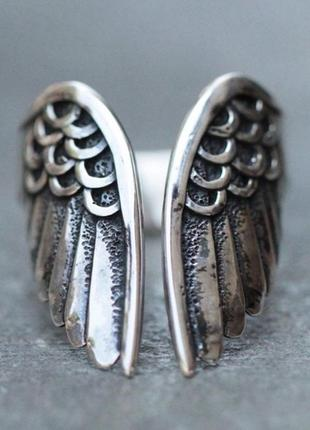 Крутое кольцо рок готика крылья крыло ангел колечко