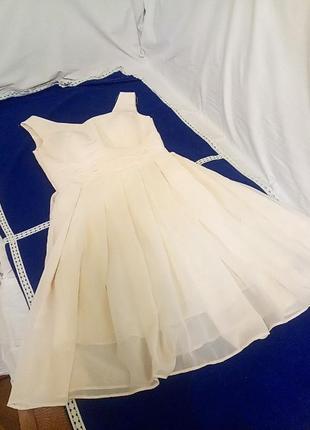 Очень красивое нарядное платье из шифона