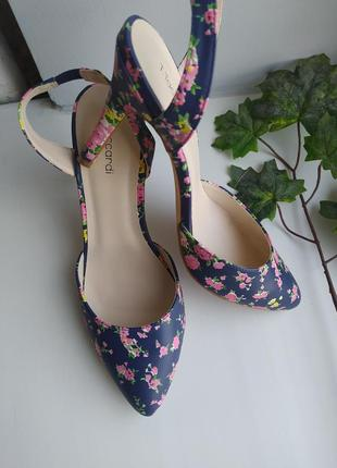 Туфлі на каблуку, босоніжки, туфли летние, сандалии на каблуке