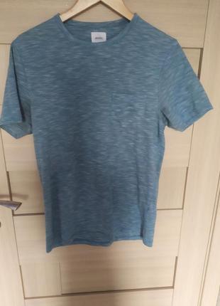 Красивая базовая лёгкая летняя мужская футболка бирюзовая голубая с