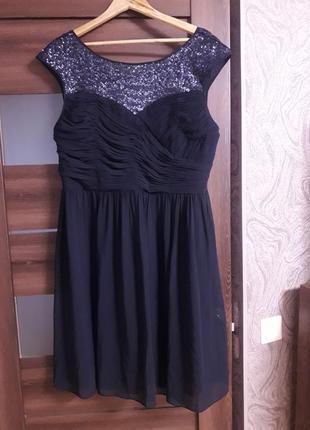 Шик платье миди с паетками вечернее