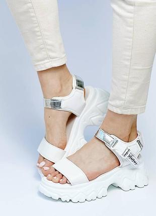 Босоножки шлепанцы эко кожа белый на высокой подошве спортивные сандалии9 фото
