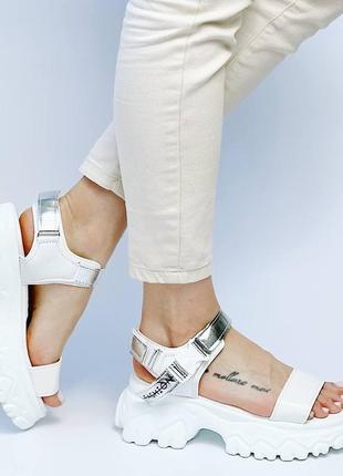 Босоножки шлепанцы эко кожа белый на высокой подошве спортивные сандалии2 фото