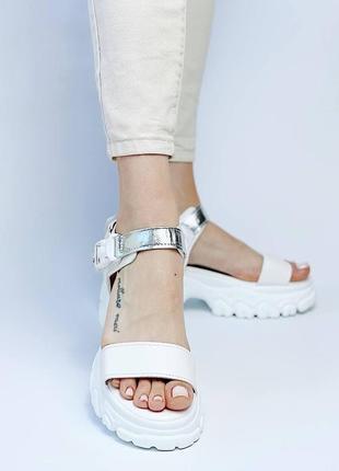 Босоножки шлепанцы эко кожа белый на высокой подошве спортивные сандалии5 фото