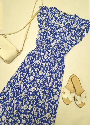 Очень красивое платье миди на пуговицах в цветочный принт