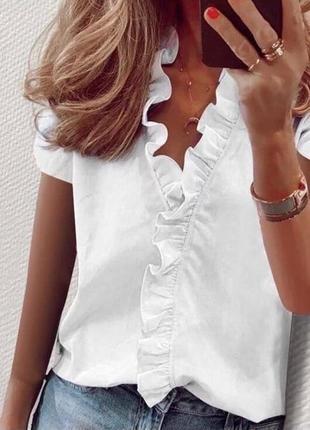Красивенькая женская блуза