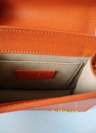 Оранжевая кожаная сумка в стиле jacquemus6 фото