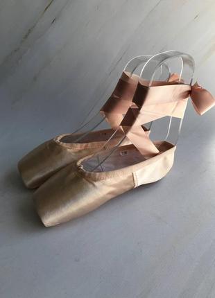 Дитячі пуанти для балету2 фото