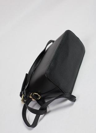 Яркая и стильная сумочка из натуральной кожи для вашего образа5 фото
