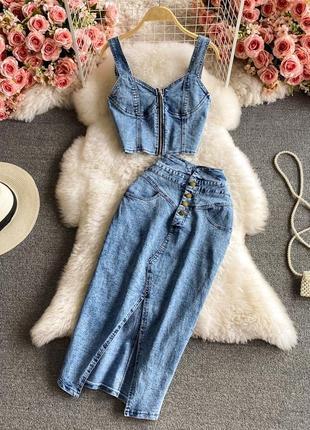 Джинсовый костюм  топ и юбка