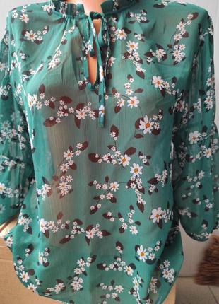 Блузка женская в цветочек