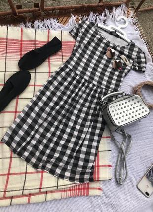 Трендове платье плаття сарафан міді сукня спортивне платье платє стильне актуальне