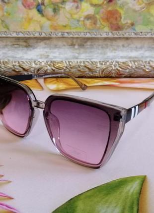 Эксклюзивные розовые брендовые солнцезащитные женские очки