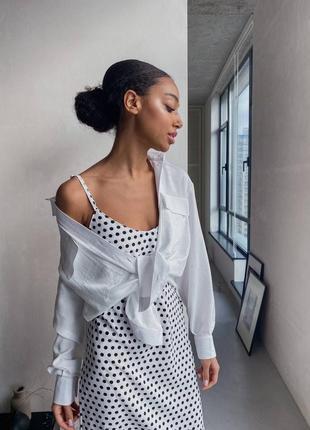 Стильный лук рубашка льняная оверсайз и платье комбинация в горошек