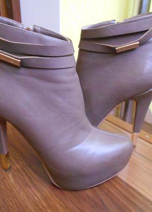 Ботинки/высокий каблук/женские ботиночки/ботильоны stella marco