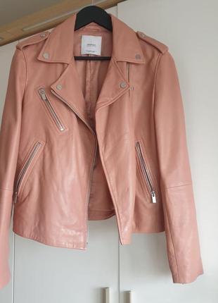 Розовая пудра кожаная куртка mango