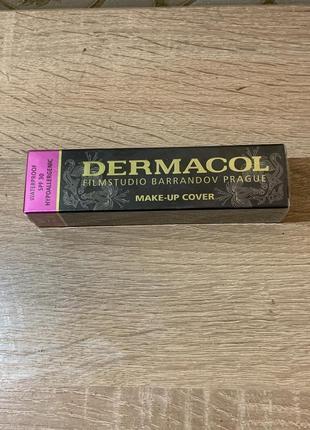 Tональная основа для лица dermacol