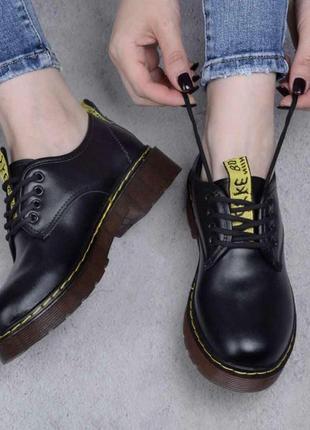 Красивые женские туфли / новинка / мода / чёрные