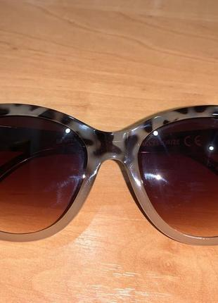 Очки солнцезащитные1 фото