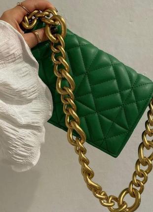 Новая зелёная стеганая сумка через плечо с цепочкой zara