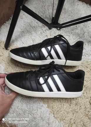 Универсальные практичные кожаные кеды кроссовки adidas на стопу 24,5-25 см