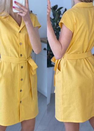 Легкое короткое платье на пуговицах с поясом на лето8 фото
