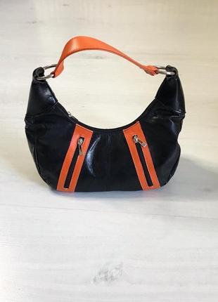 Трендова сумка-багет