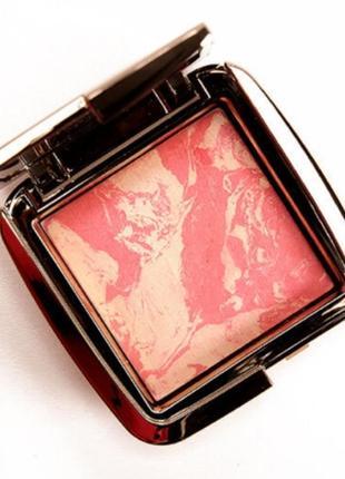 Румяна hourglass ambient lighting blush