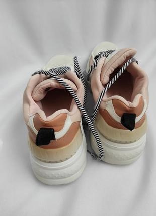 Женские кроссовки3 фото