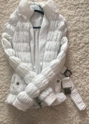 Курточка (біла) + ремень