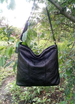 Большая сумка из натуральной кожи козы.