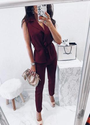Стильный и модный костюм